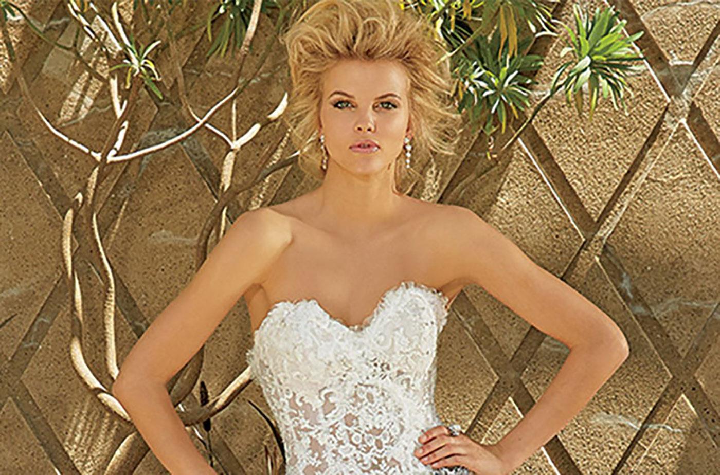 Preiswerte Brautkleider für Frauen mit Kurven
