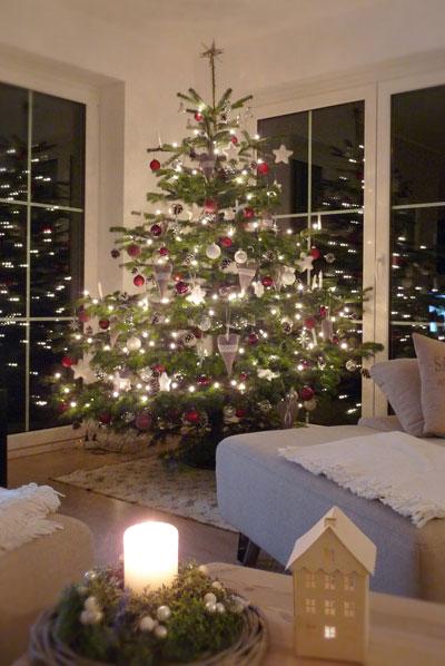 Wann Wurde Der Geschmückte Weihnachtsbaum Populär.Der Christbaum Kennen Sie Die Tradition