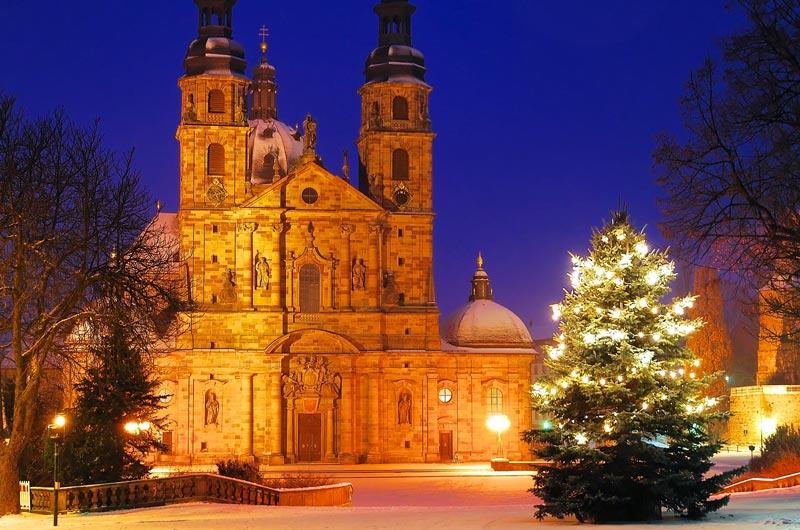 Wo Stand Der Erste Weihnachtsbaum.Wieso Ist Der Weihnachtsbaum Eine Tanne Oder Fichte