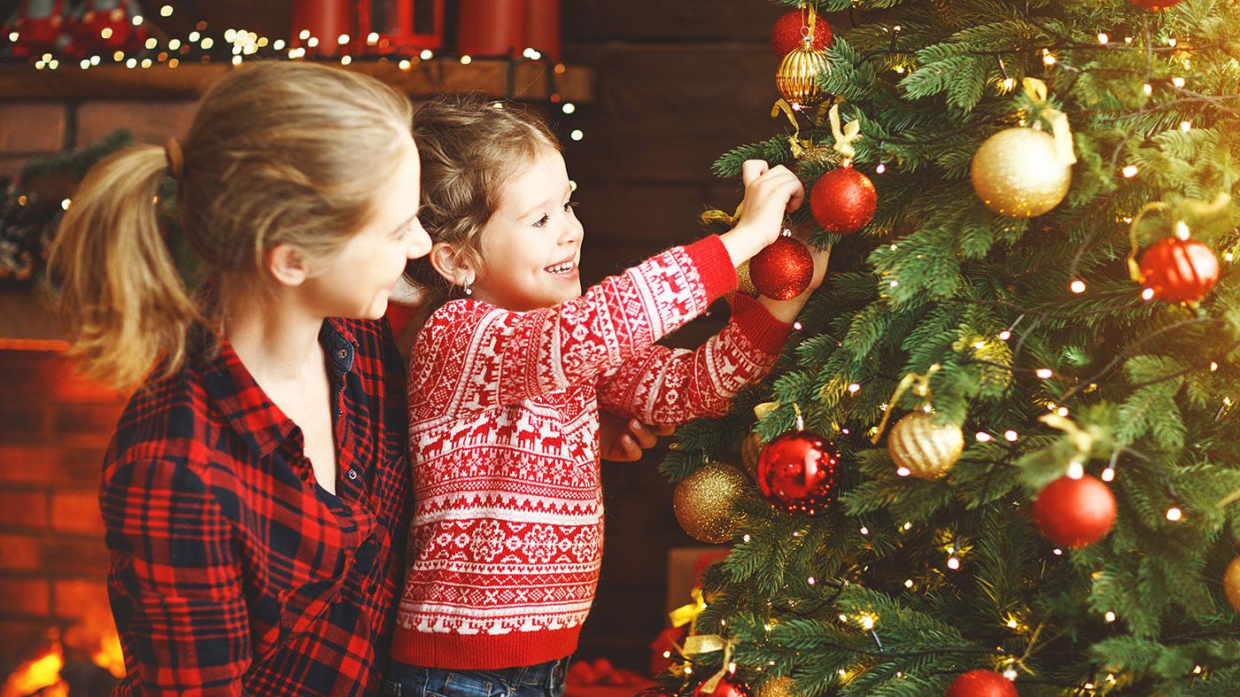 Geschichte Vom Weihnachtsbaum.Die Geschichte Vom Weihnachtsbaum Im Heimischen Wohnzimmer